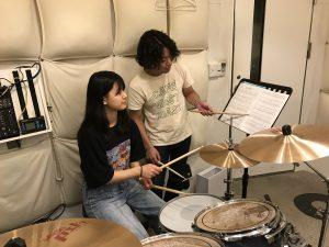 駒込LiveArtドラム教室 レッスン風景