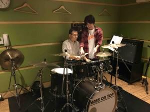新宿LiveArtドラム教室 レッスン風景