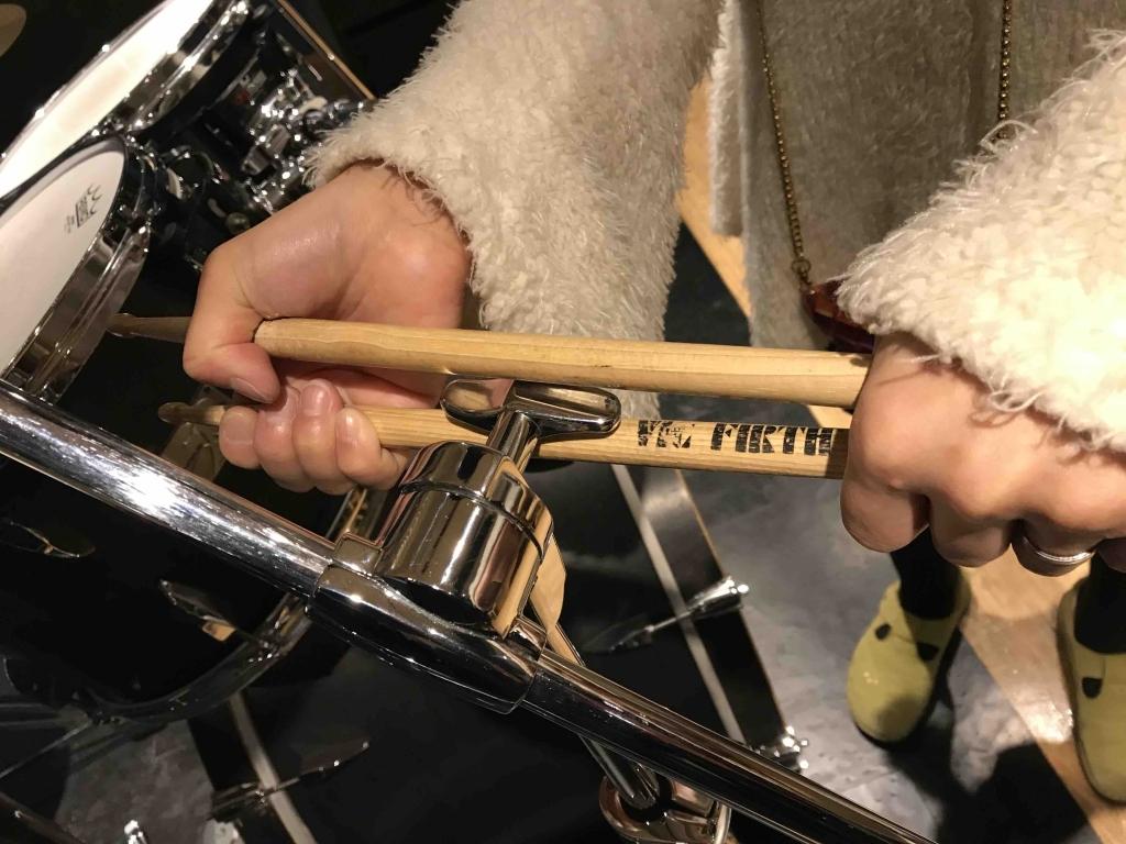 ドラムのネジの緩め方4